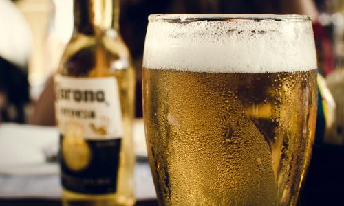 alcohol-alcoholic-beverage-bar-991970